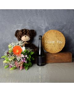 """""""I Love You"""" Cookie & Champagne Gift Set"""