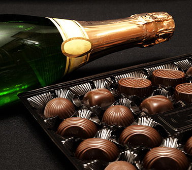 Champagne & Chocolate Gift Baskets Delivered to New York City